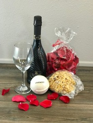 Deluxe Pamper Party with Prosecco Flower Power, Florist Davenport FL