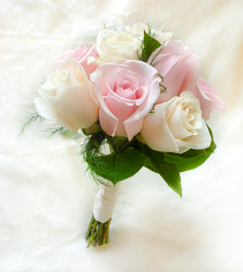 Pastel Pink and White Roses Flower Power, Florist Davenport FL