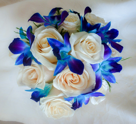 Blue Orchid and Rose Bouquet Flower Power, Florist Davenport FL